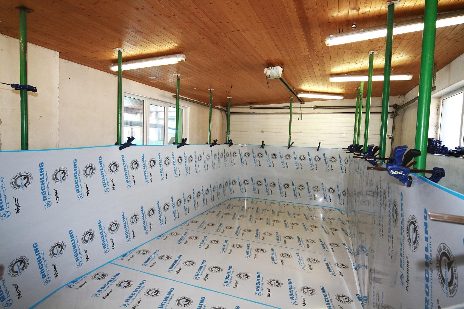 Výroba a prodej plastových bazénů - Chrást Tišice