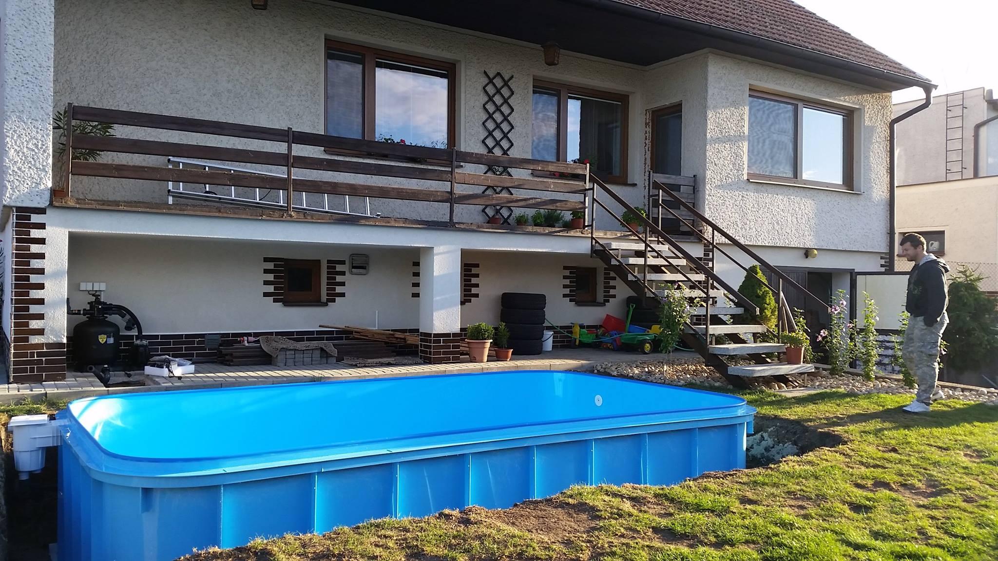 Obdélníkový plastový bazén - výroba plastových bazénů