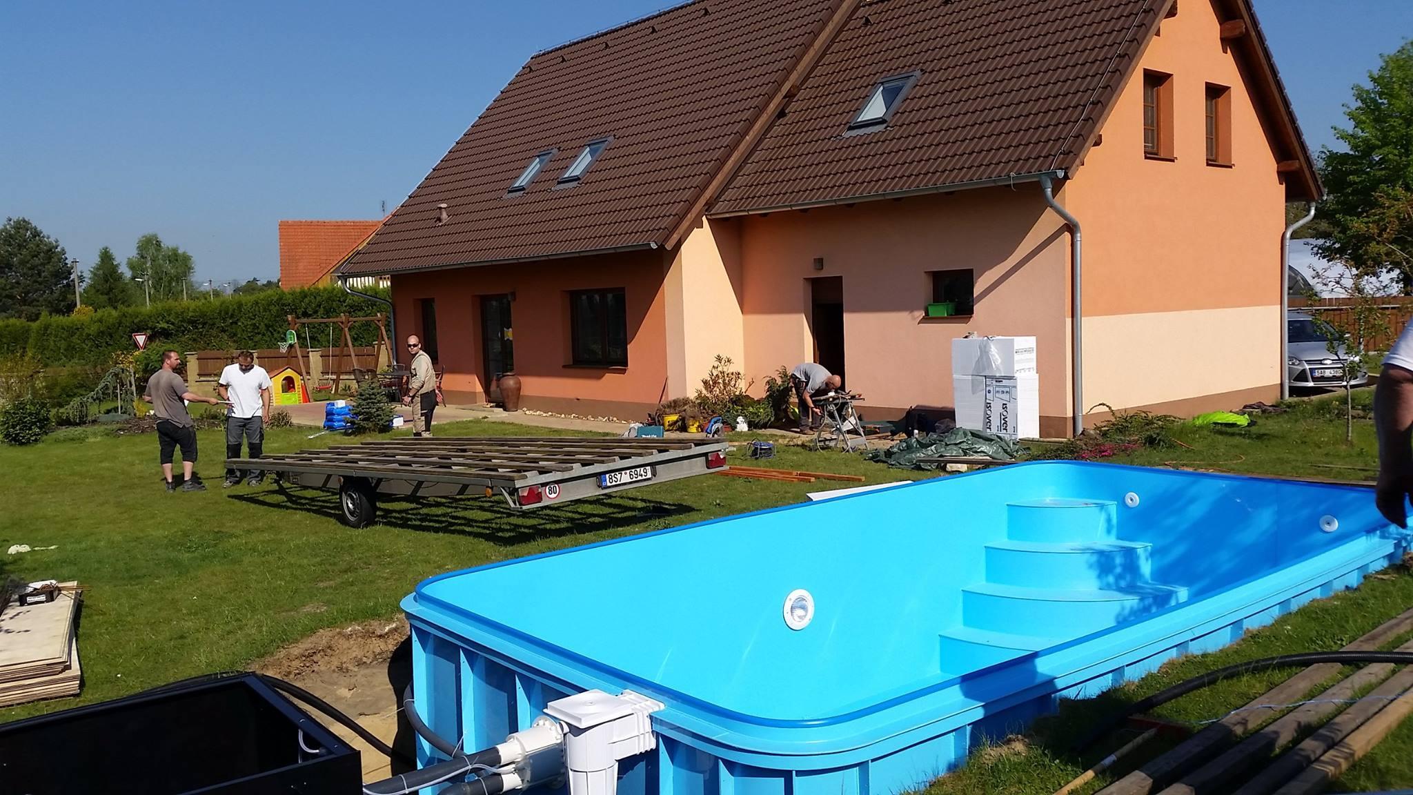 Zahradní zapuštěný plastový bazén